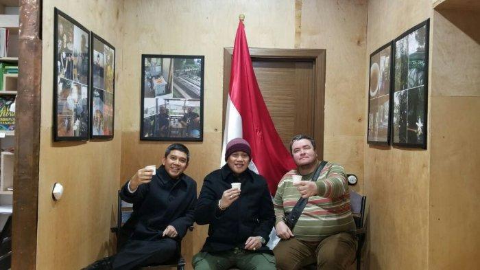 Ini Cara Dubes Yuddy Chrisnandi Perkenalkan Kopi Asli Indonesia Ke Penggiat Medsos Ukraina