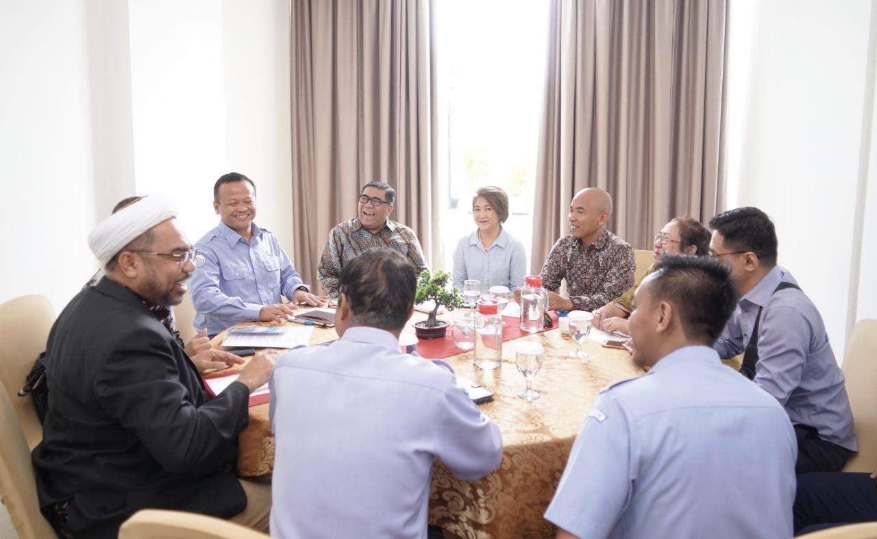 Edhy Prabowo Tunjuk Ali Mochtar Ngabalin Jadi Pejabat Pembina Komisi di KKP