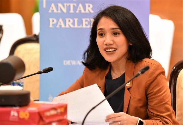 Percepat Pemulihan Ekonomi, Puteri Komarudin Dorong Ekspansi Penyaluran Pinjaman Daerah