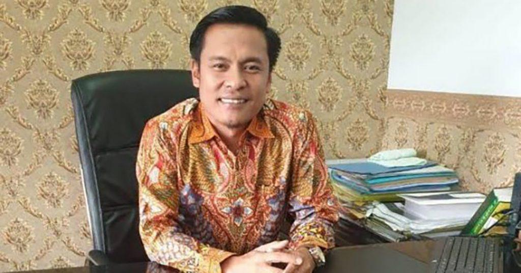 HUT Golkar Ke-57, Ketua Golkar Kota Surabaya Arif Fathoni Luncurkan Buku '2 Tahun Bersama Rakyat'