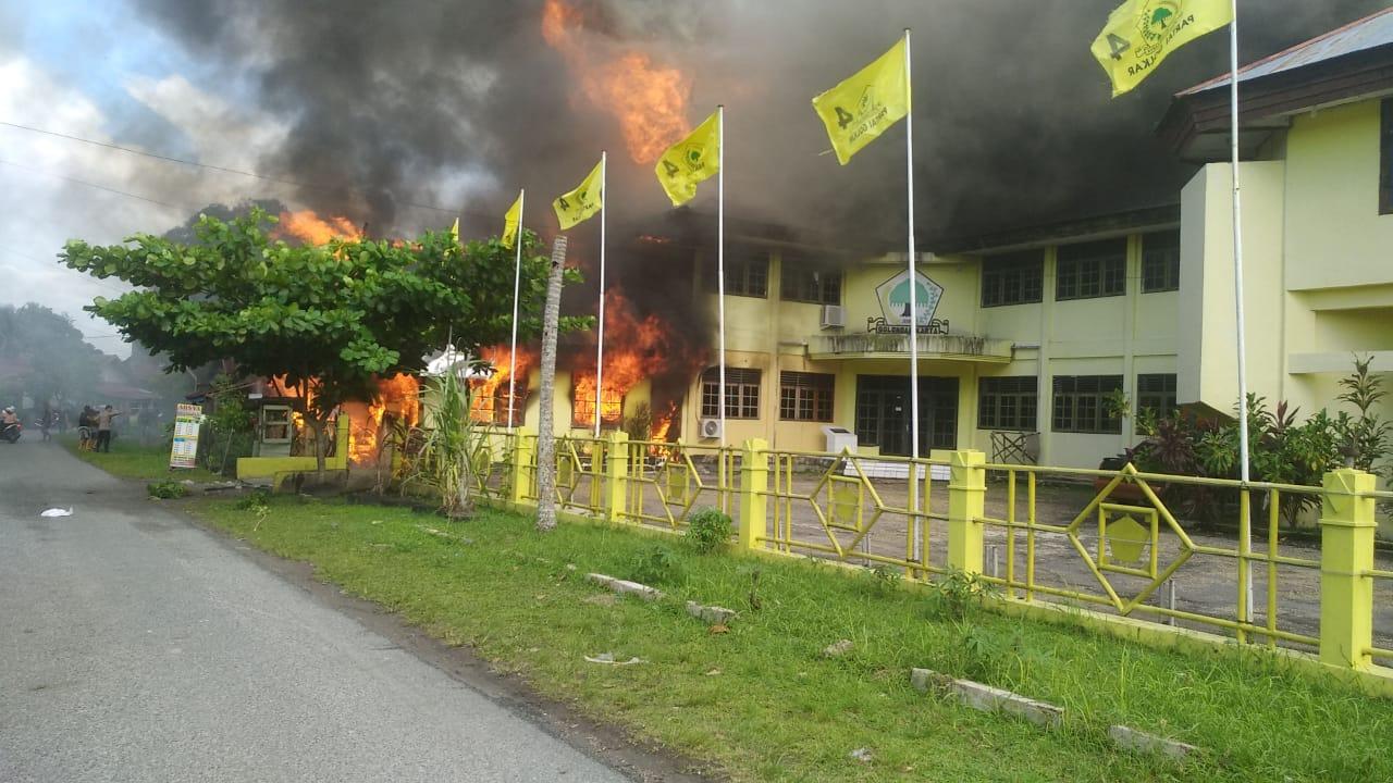 Ada Motif Politik Di Balik Terbakarnya Kantor Golkar Kota Palangkaraya?